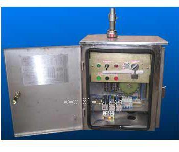 电动机为三相交流异步电动机:电气控制系统包括