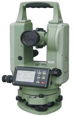 DT300系列电子经纬仪特点: 全中文超大屏幕段码液晶显示 显示清晰、读数方便,操作更易上手; 绝对编码测角系统; 电子式补偿器; 可对同一角度多次测量求均值,提高精 度减少记录量; 可方便连接外接手簿; 激光对点和指向开关可通过面板操作。 DT300系列电子经纬仪技术参数 角度测量 测量方法 绝对编码 最小读数 1精 度 2 望远镜 物镜孔径 40mm 放大倍率 30 成像 正像 视场角 130 最短视距 1.