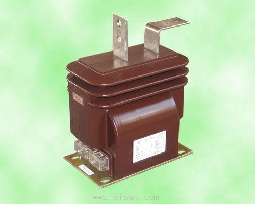 二,结构简介  电流互感器一次线圈和二次线圈为链形结构,.